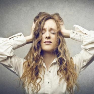 COMBATTERE L'ANSIA: sintomi e cura di un disturbo molto diffuso